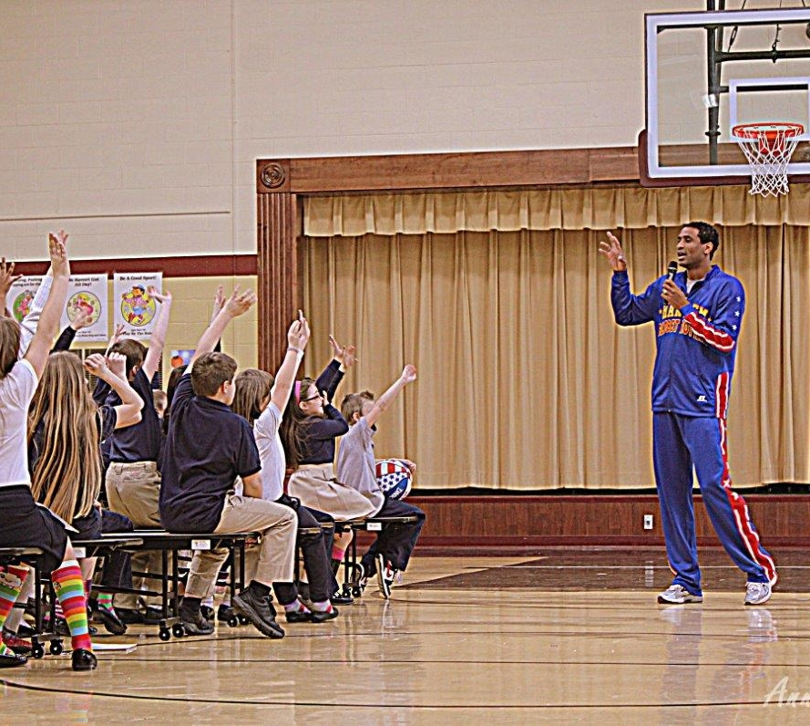 CHPDP Partners With Harlem Globetrotters For School Visit